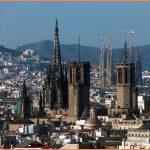 Barcelona Travel Guide_1.jpg