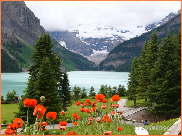 Canada Travel Guide_4.jpg