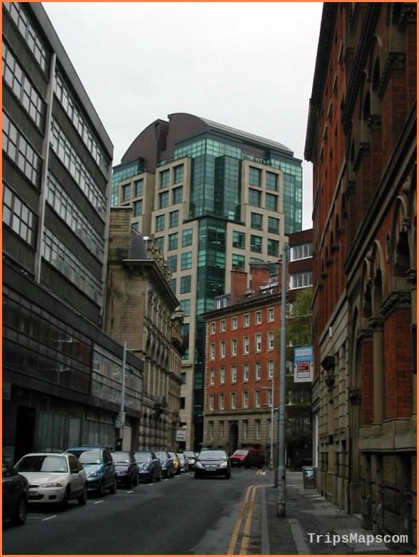 Manchester Travel Guide_11.jpg