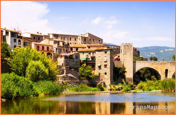 Spain Travel Guide_0.jpg