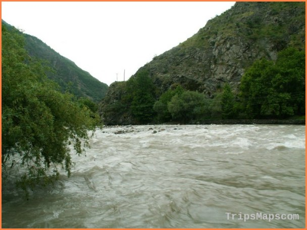 Tajikistan Travel Guide_5.jpg