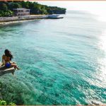 SIQUIJOR ISLAND Philippines - CLIFF JUMPING into CRYSTAL CLEAR WATER_3.jpg