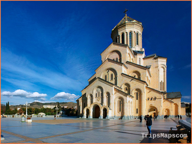 Top 5 Awesome Things to Do in Yerevan and Tbilisi | World By Isa