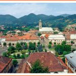 Baia Mare (Baia-Mare) - tourist information, maps and pictures