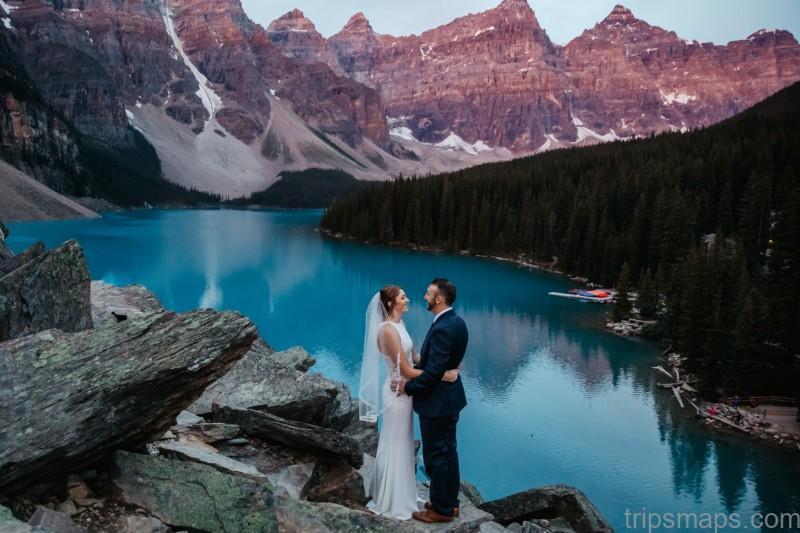 moraine lake lodge banff national park rocky mountains canada 10